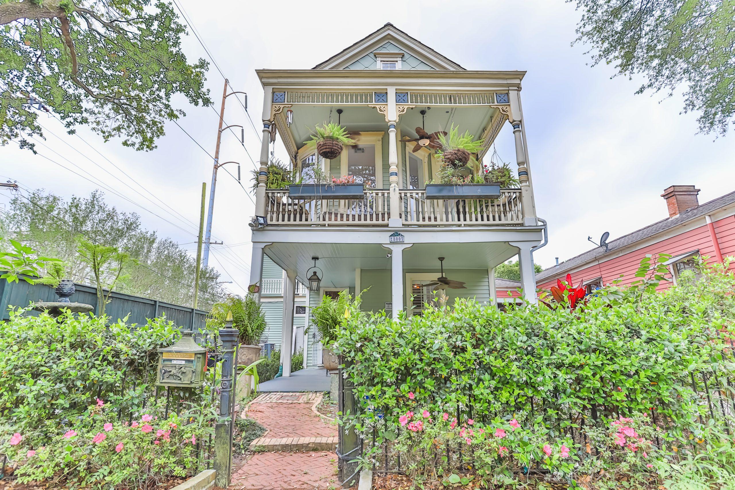 SOLD!  Irish Channel Home for Sale – 800 Louisiana Avenue